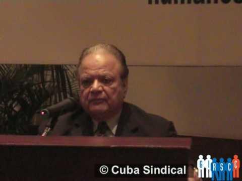 Luis Alberto Monge durante una conferencia del GIRSCC, 2009.