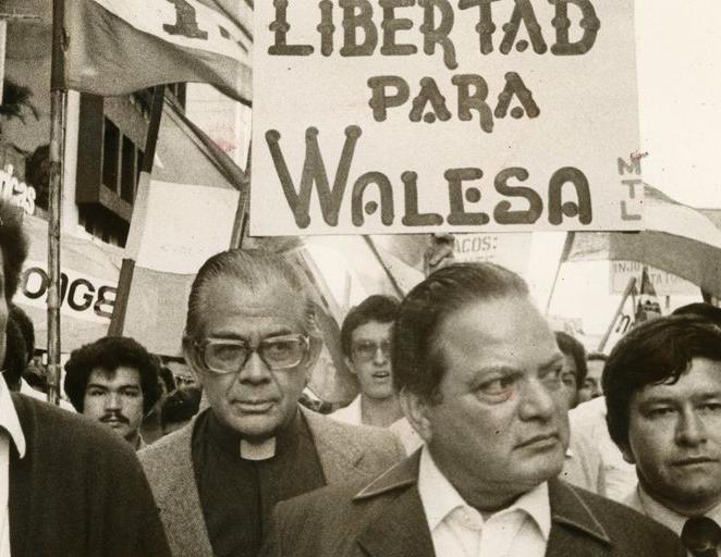 Luis Alberto Monge en solidaridad con Lech Walesa.